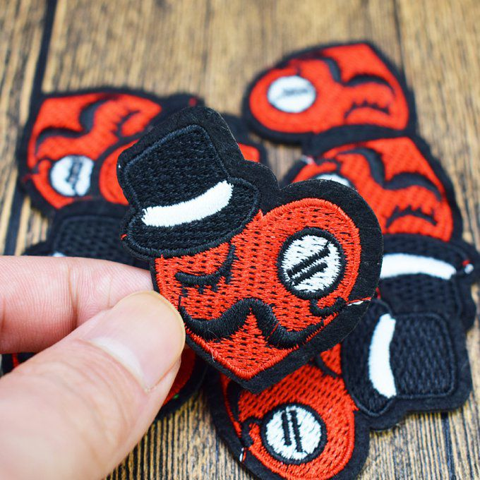 Patch thermocollant coeur chapeau